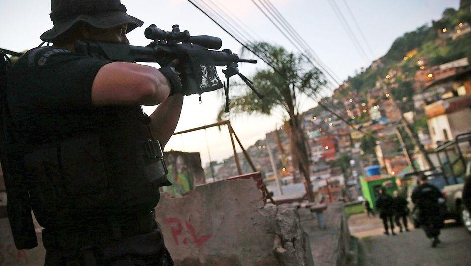 """Sondereinheit der Polizei in Rio (Archivbild): """"Verlorene Kugel"""""""