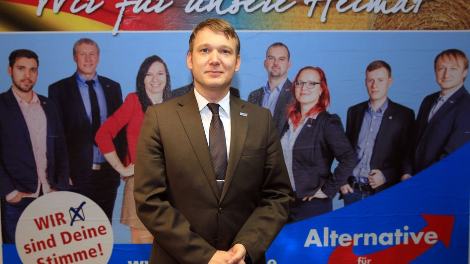 AfD-Spitzenkandidat André Poggenburg: Rechtspopulisten legen laut Umfrage zu