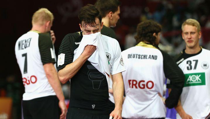 Viertelfinal-Aus der Handballer: Schwache Schiris, schwaches deutsches Team