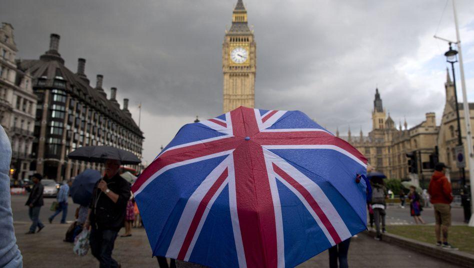 Blick auf Londons Big Ben: London-Touristen aus der EU brauchen künftig einen Reisepass
