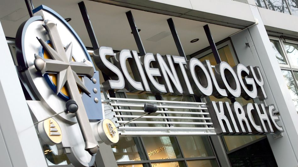 """A branch of Scientology in Berlin: """"Totalitarian character"""""""