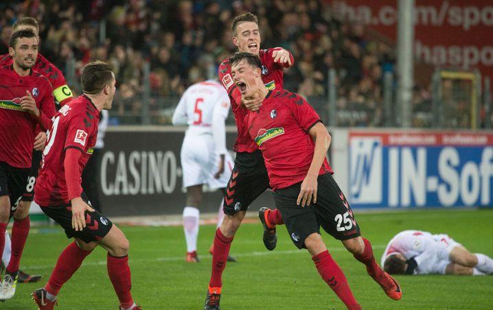 Robin Koch jubelt mit dem SC Freiburg derzeit ziemlich oft