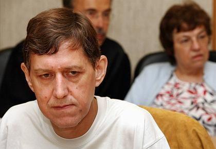 Ex-Prokurist Milde, ehemalige Geschäftsführerin Ruhrauf (im Hintergrund): Anleger um Millionen geprellt