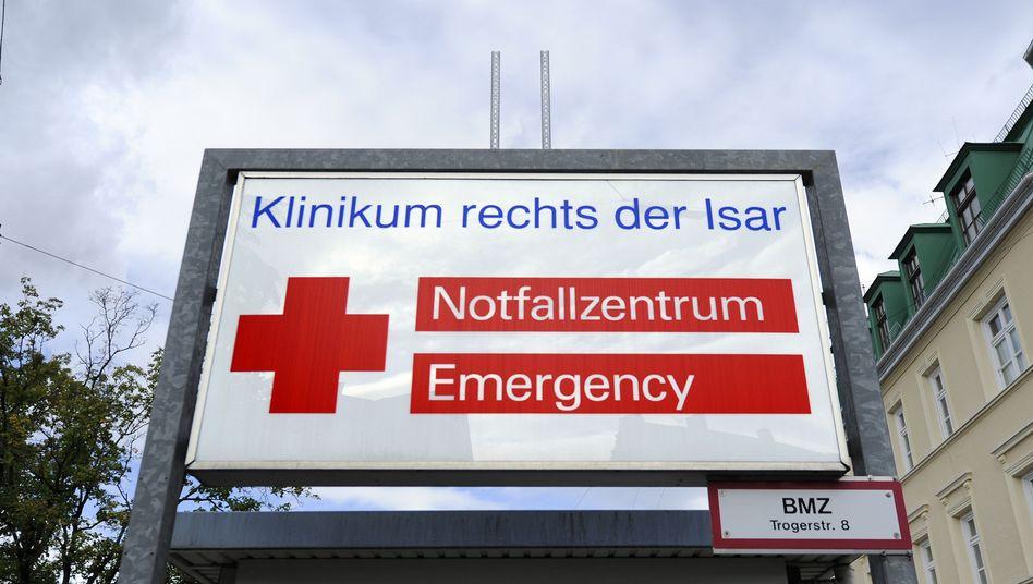 Eingangsbereich des Klinikums rechts der Isar: Mehr Regelverstöße als gedacht