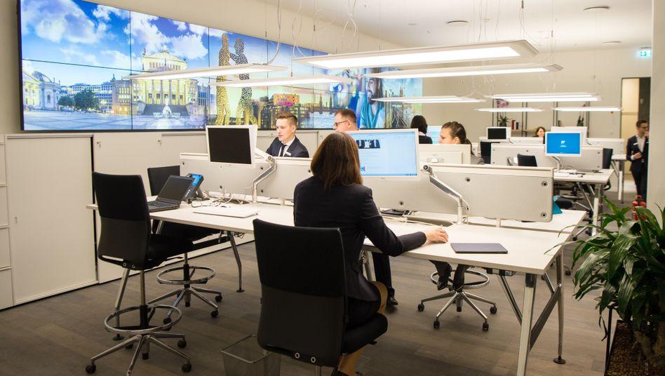 Mitarbeiter einer Bank (Archivfoto)