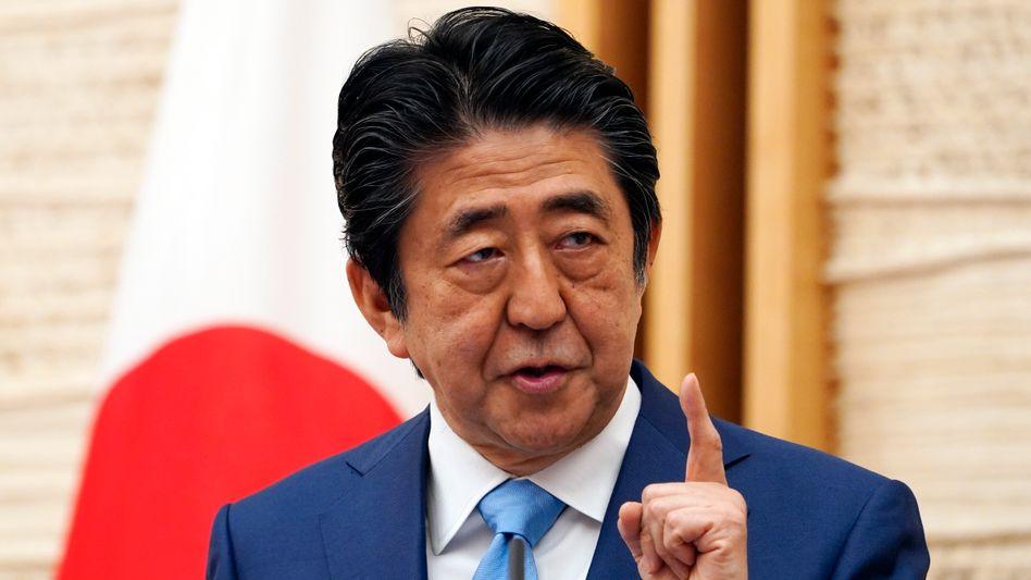 Steht in der Kritik: Japans Premier Shinzo Abe