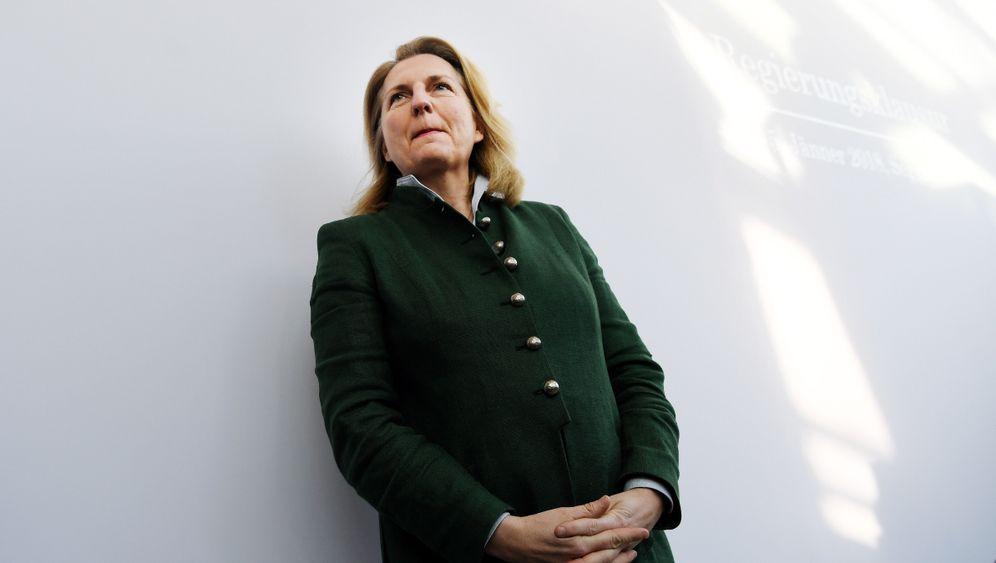Österreichs Außenministerin Kneissl: Die Frau nach Kurz