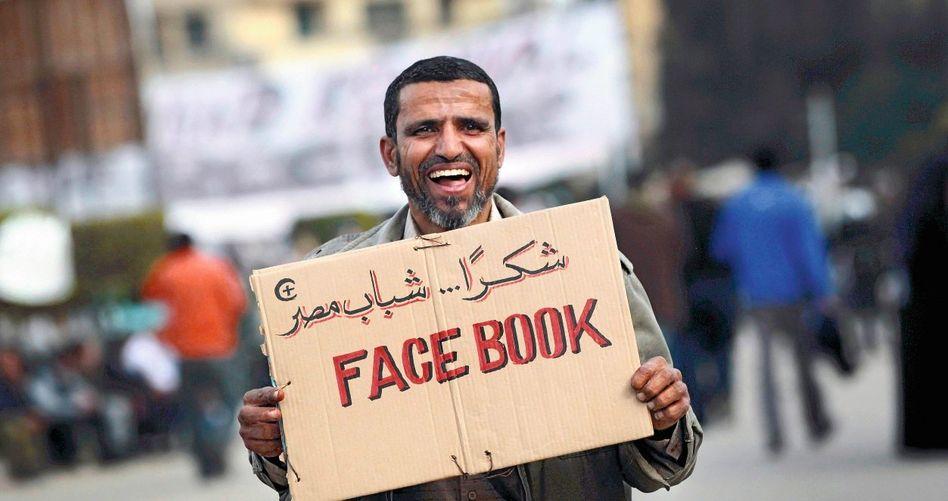 Protest gegen Internetzensur in Kairo
