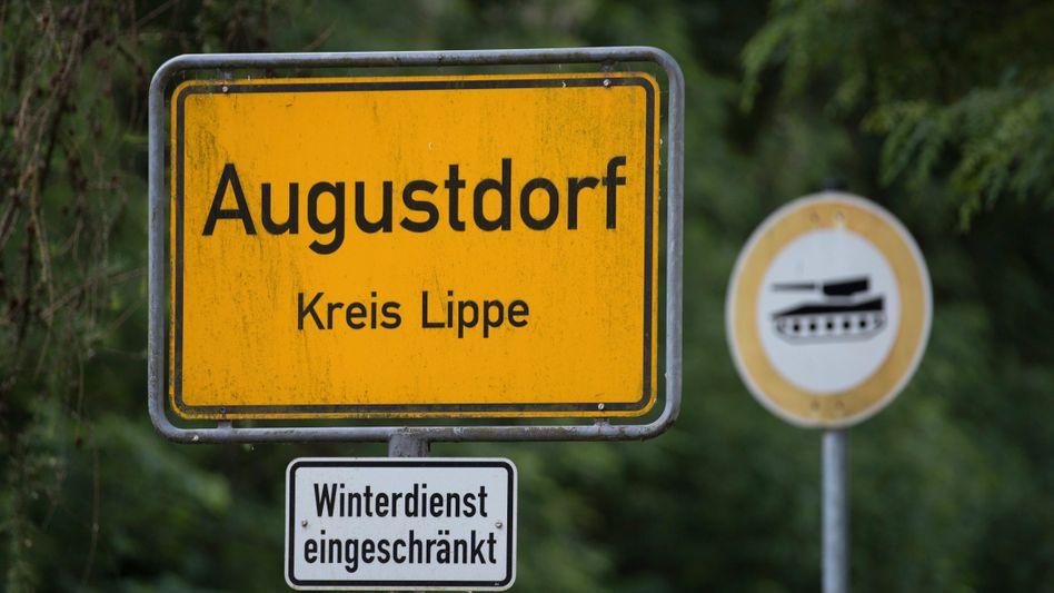 In Augustdorf, im Kreis Lippe, spitzt sich die Infektionslage zu (Symbolbild)