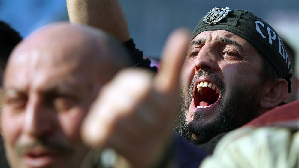Serbien: Zehntausende Demonstranten fordern Neuwahlen