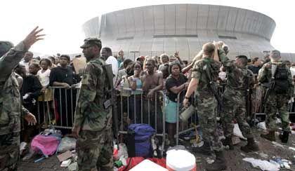 Superdome als Notunterkunft: Fema-Direktor wusste nicht, dass sich 20.000 Menschen hierher geflüchtet hatten