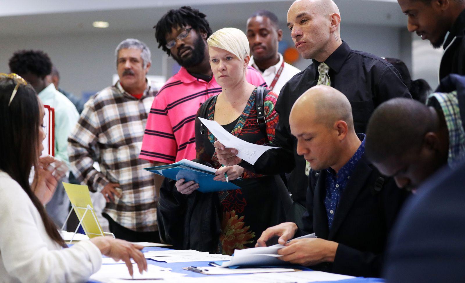 Los Angeles Mission Hosts Skid Row Job Fair