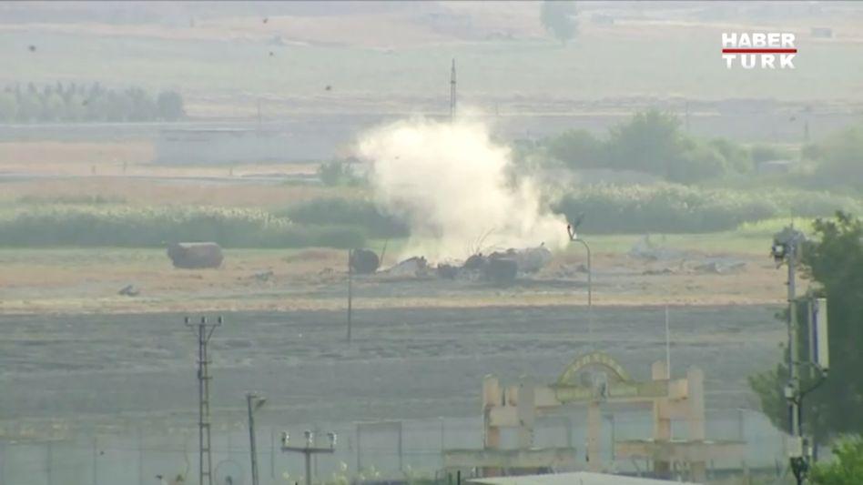 Explosion in der syrischen Grenzstadt Tall Abjad: Keine EU-Warnung vor türkischer Invasion