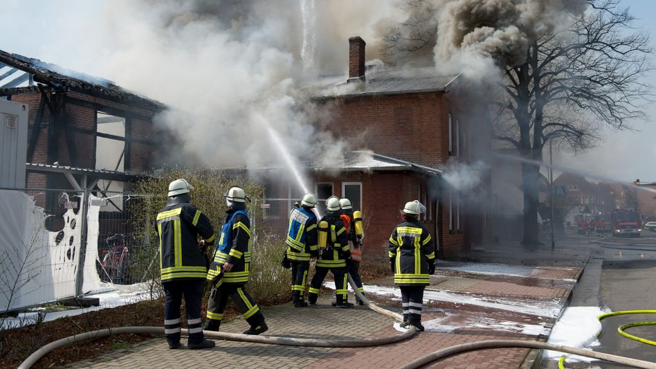 Feuerwehrmänner in Winsen an der Luhe