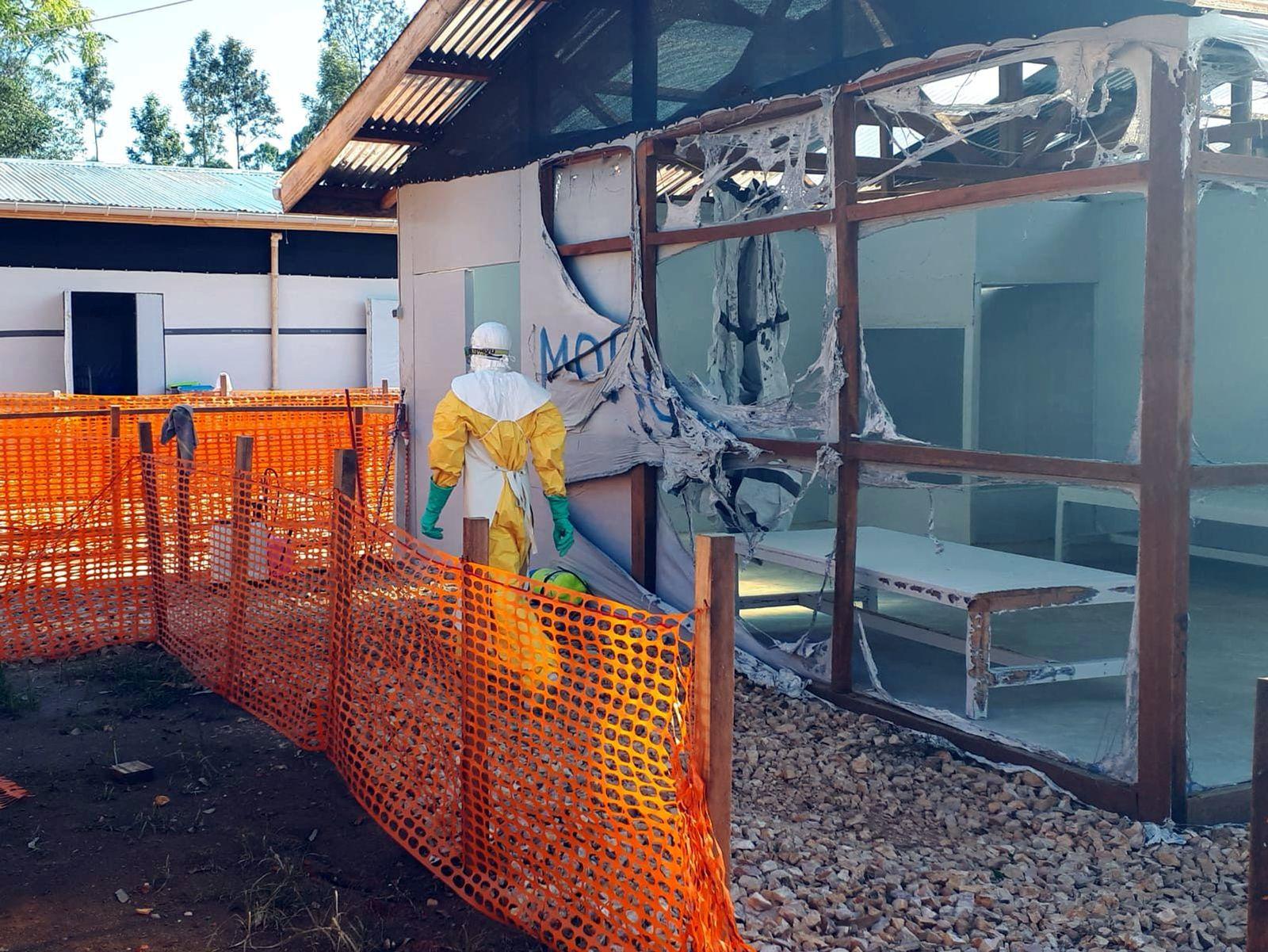 Angriff auf Ebola-Klinik