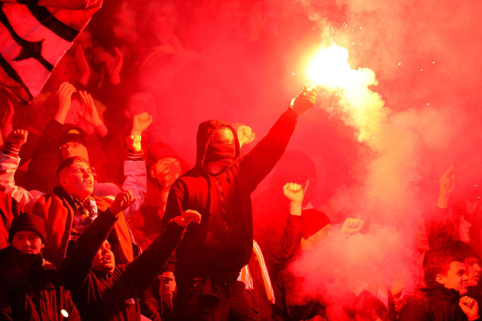 Dynamo Dresden Fans beim Pokalspiel in Hannover