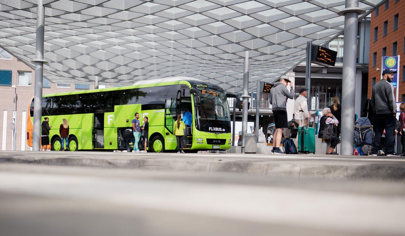 Fernbus des Unternehmens FlixBus