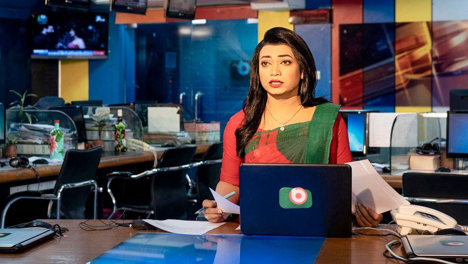Tashnuva Shishir, 29, trat Anfang März als erste Transgender-Nachrichtensprecherin in Bangladesch vor die Kameras