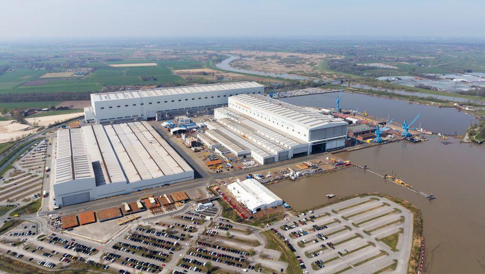 Meyer-Werft in Papenburg: Die Kreuzfahrtbranche leidet, ab Mai gibt es daher auch hier Kurzarbeit