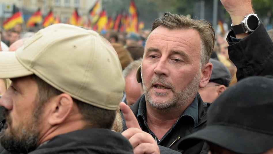 Lutz Bachmann 2018 bei einer gemeinsamen Demo mit Vertretern der AfD in Chemnitz