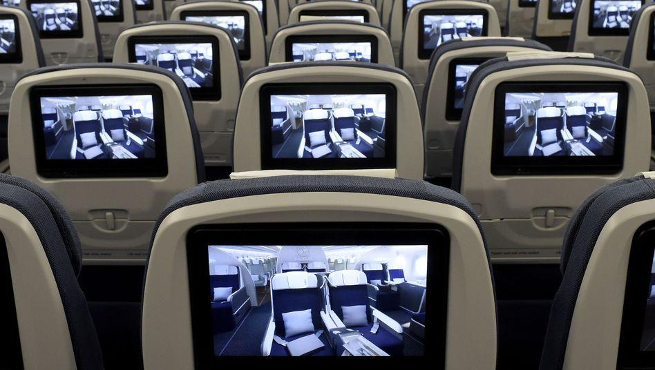 Airbus A350 XWB (Präsentation während eines Pressetags): Wie gut können Bakterien auf Sitzen oder Armlehnen siedeln?