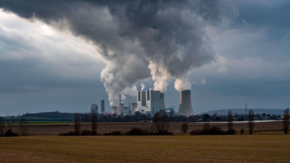Braunkohlekraftwerk Neurath in Nordrhein-Westfalen