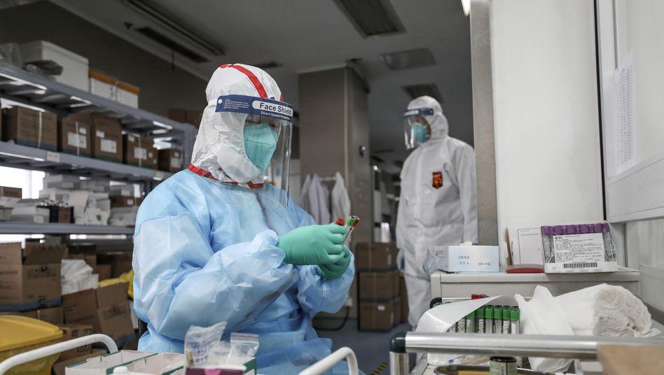 Medizinisches Personal im chinesischen Wuhan
