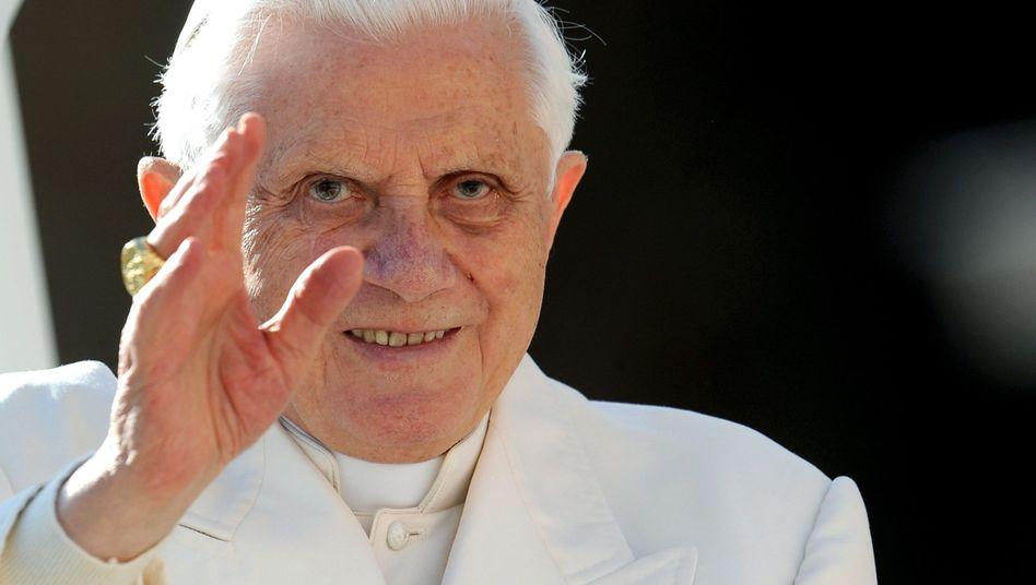 """Papst Benedikt XVI.: """"Ein erstes Stück Verantwortung"""""""