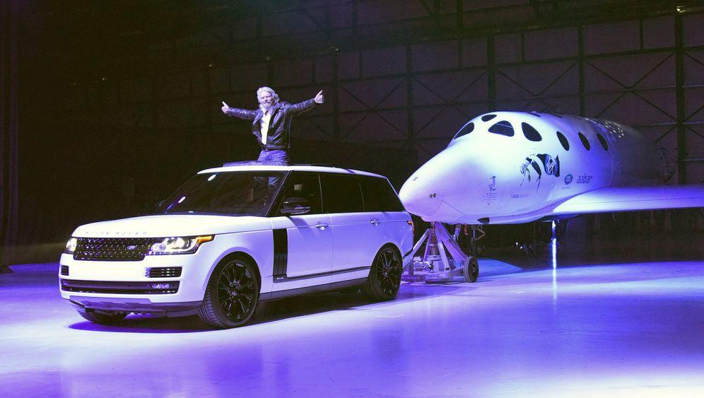 """SpaceShipTwo Nummer zwei: Milchtaufe der """"Unity"""""""