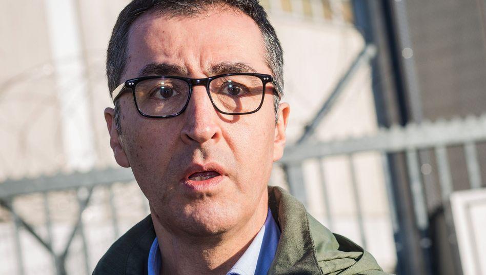 """Grünenpolitiker Cem Özdemir: """"Ich kann mich auf den Begleitschutz durch das BKA verlassen"""""""