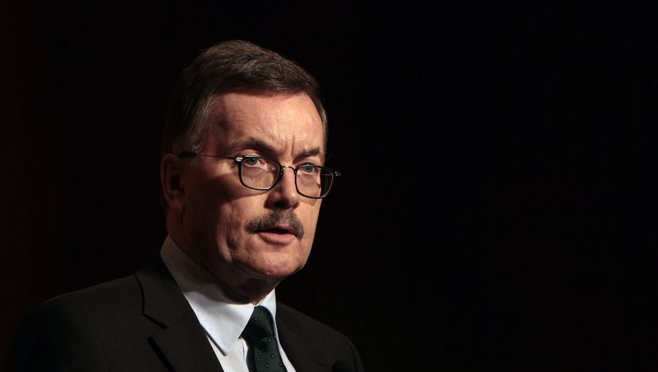 THE ECB's chief economist Jürgen Stark resigned on Friday.