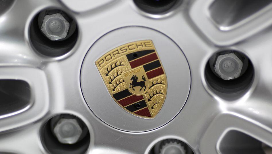 Porsche-Logo auf einer Felge: Noch fehlen Volkswagen 50,1 Prozent