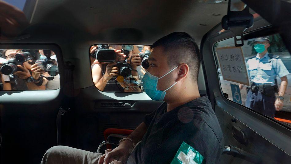 Angeklagter Tong Ying-kit vor einem Verhandlungstermin Anfang Juli