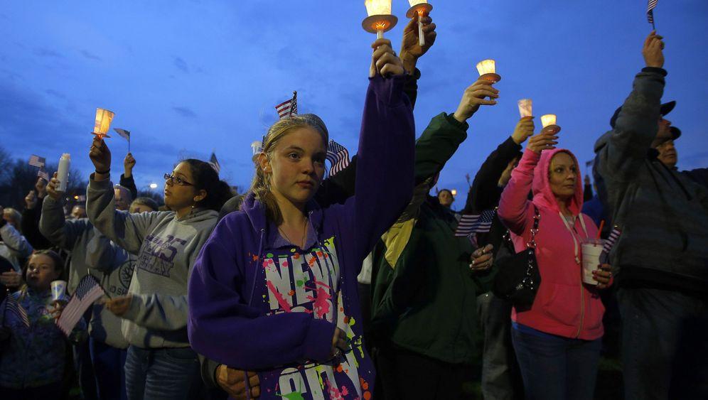 Photo Gallery: Boston Mourns Marathon Bombing Victims