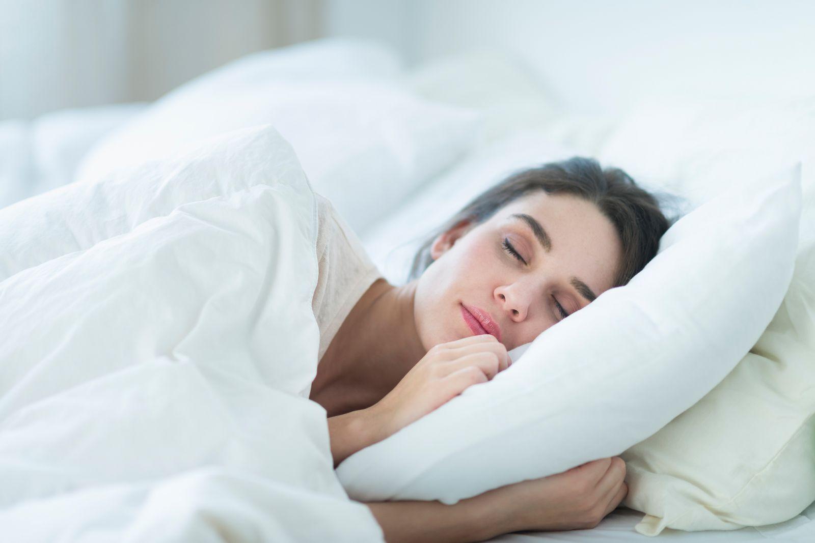 EINMALIGE VERWENDUNG Schlafkissen