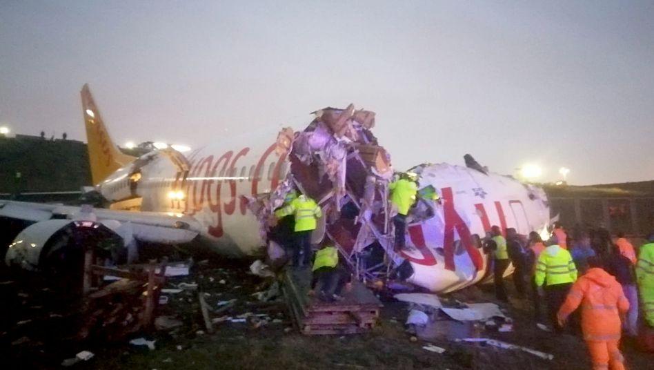 Verunglücktes Flugzeug in Istanbul