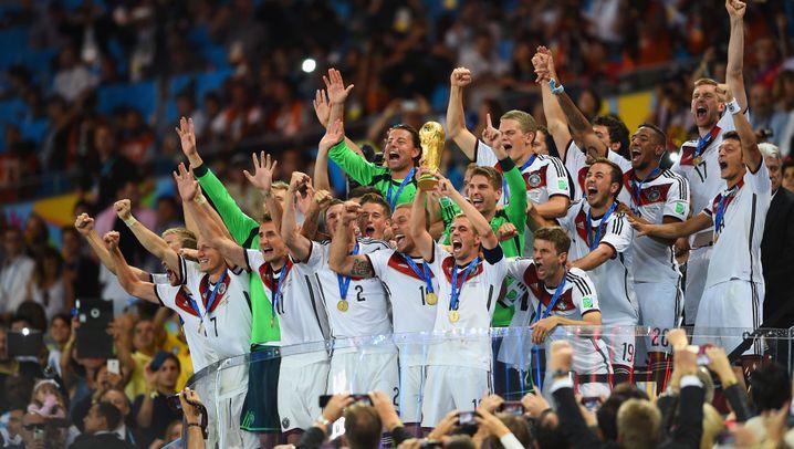 Deutschland gegen Argentinien: Götze schießt die DFB-Elf zum Titel