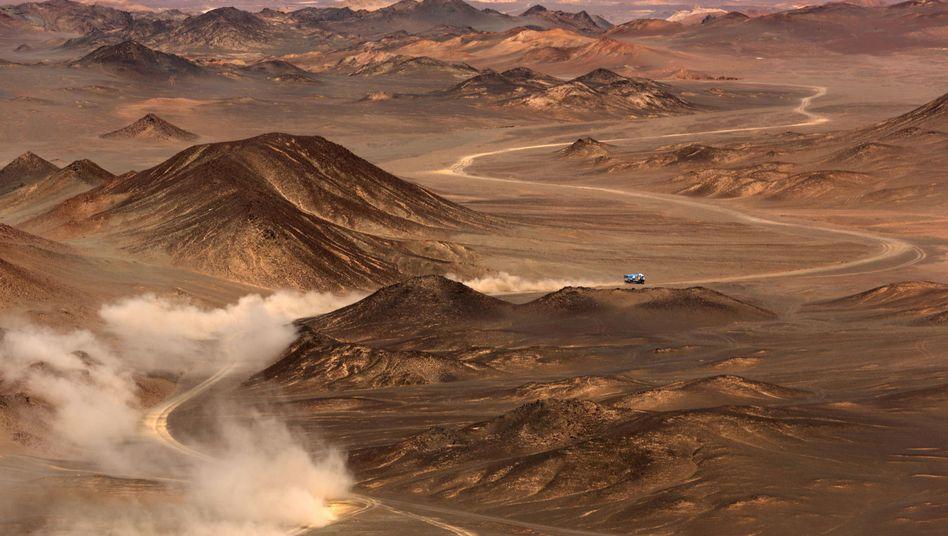 Staubige Wüste Gobi (hier bei einer Autorennfahrt im Sommer 2016)