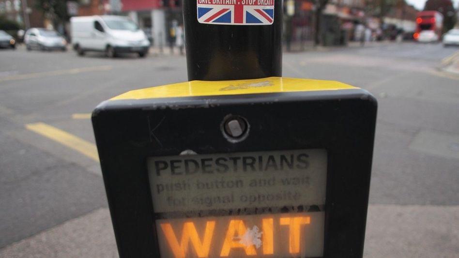 Anti-Brexit-Sticker in London: »Wir können unsere Entscheidung jederzeit zurücknehmen«