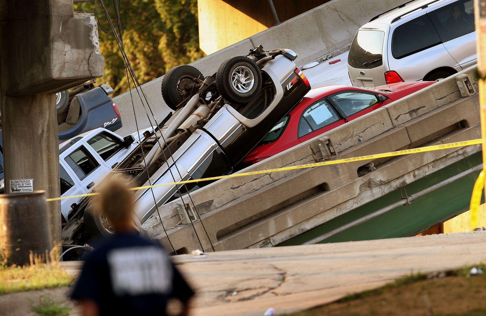 eingestürzte Brücke in Minnesota