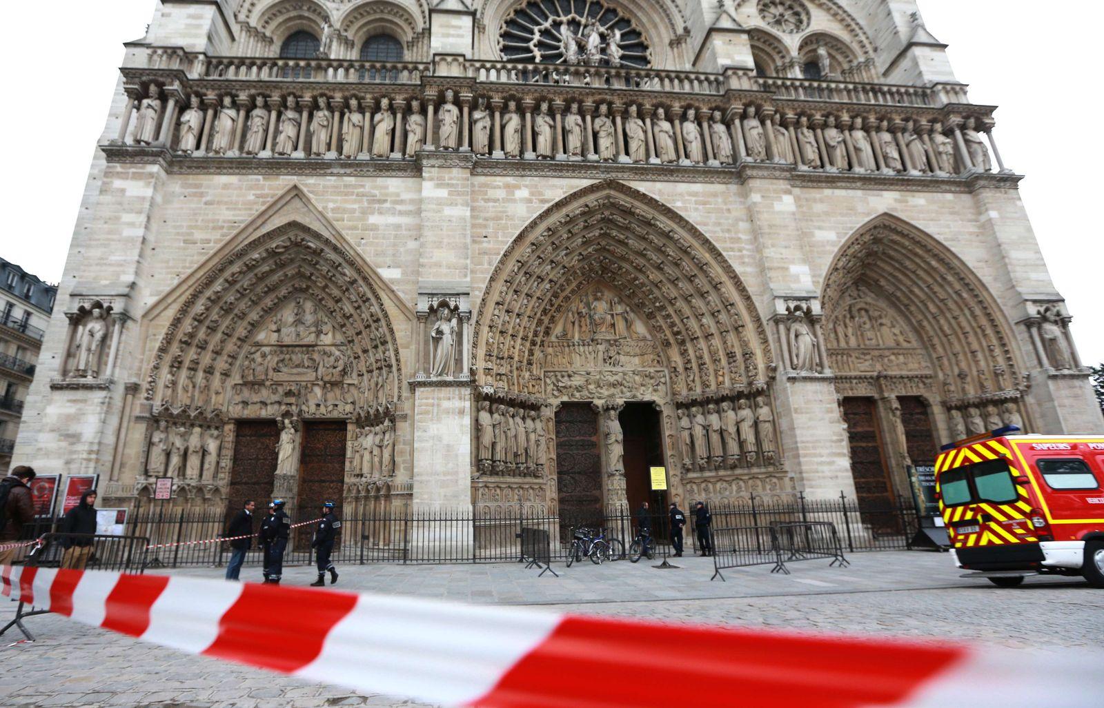 FRANCE-SUICIDE-RELIGION-TOURISM