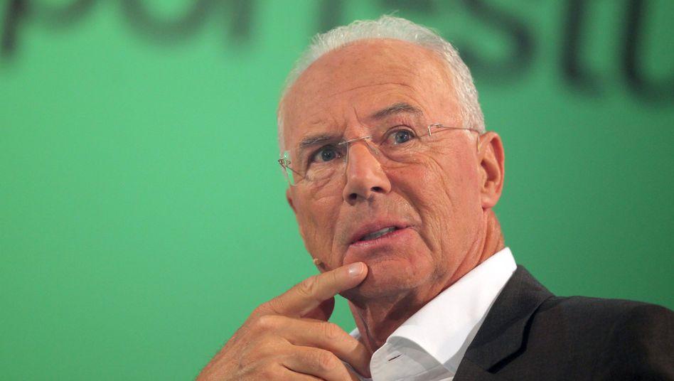 Sky-Experte Beckenbauer: unter Druck