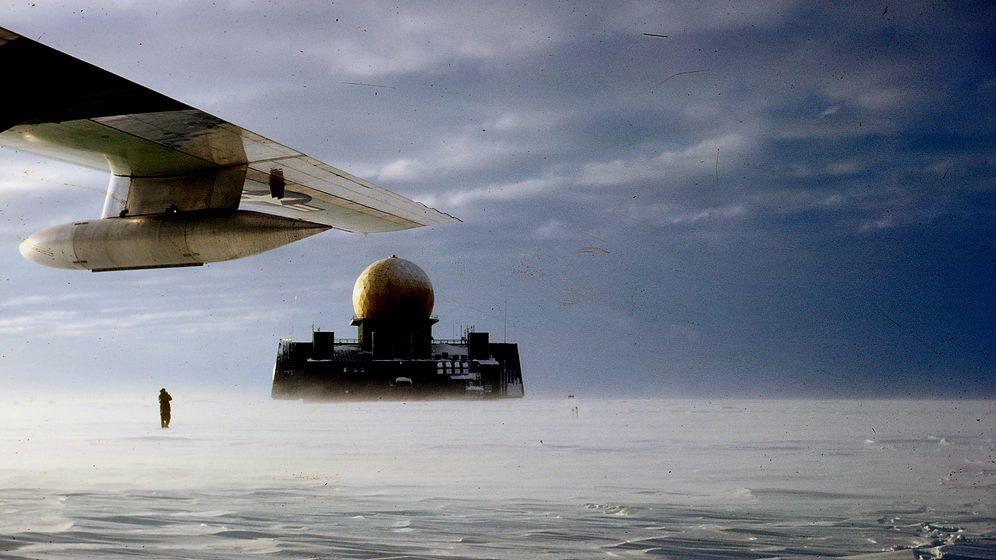Kalter Krieg auf Eis: Kuppeln im Schnee