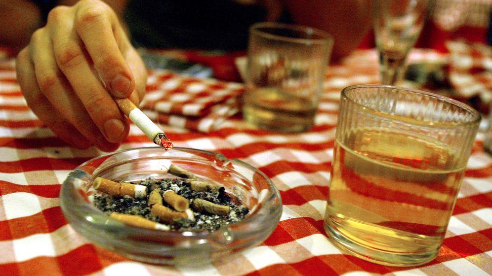 Schwerwiegende Folgen: Krebs durch Übergewicht, Tabak und Co.