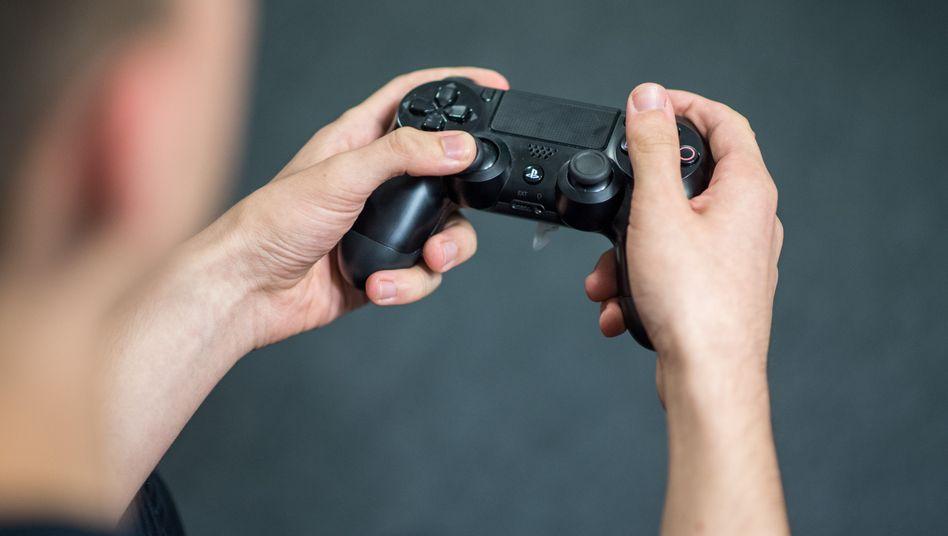 Wird offenbar von Sony überarbeitet: Der bisherige Controller der Playstation 4