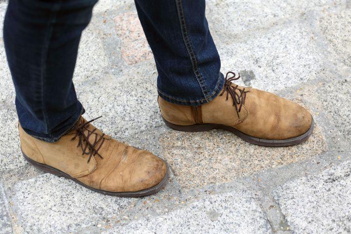 Schuhe: Vintage, 10 Pfund / Hose: Primark, 10 Pfund