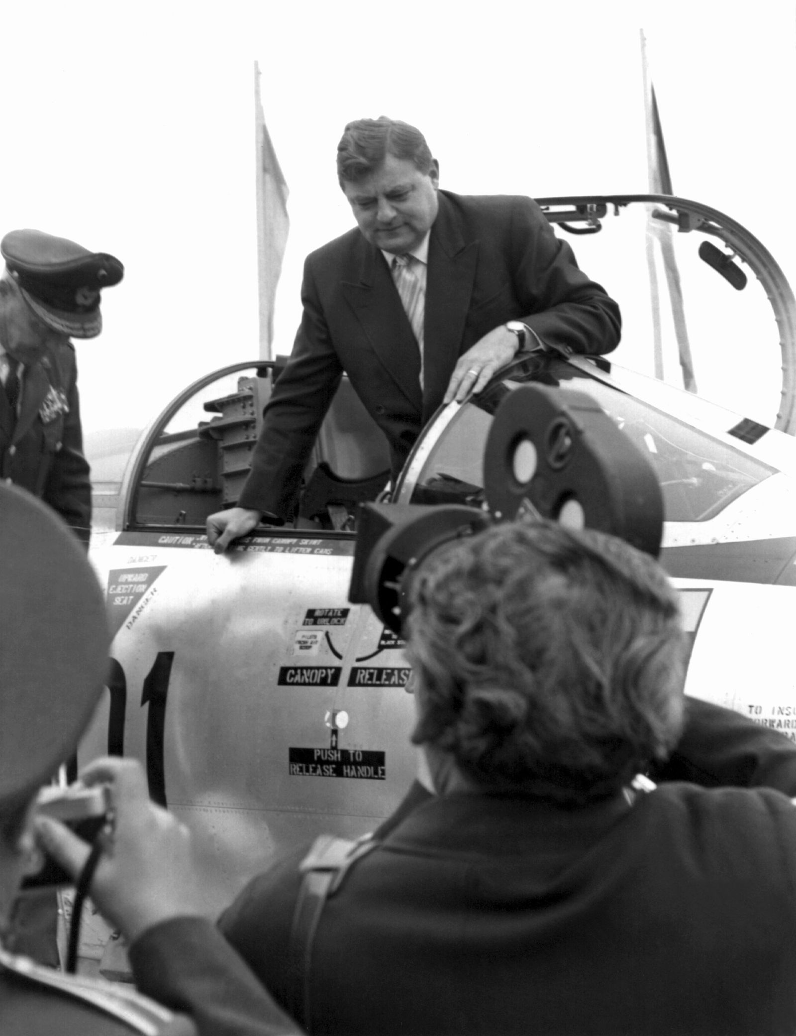 Politskandale der Bundesrepublik - Starfighter-Affäre