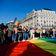 Ungarns Parlament beschließt schwulenfeindliches Zensurgesetz