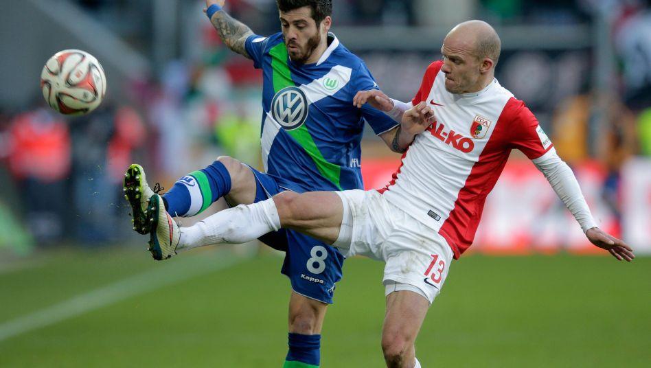 Augsburgs Werner (r.), gegen Vieirinha: 1:0-Sieg für den FCA