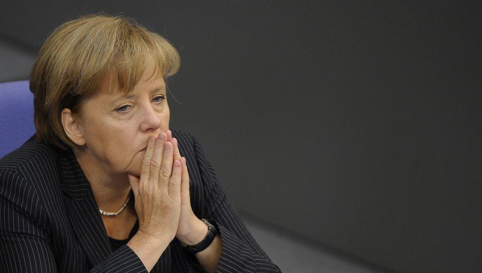 Kanzlerin Merkel: Zittern um die Mehrheit